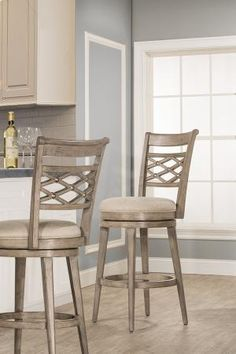 5940830 in by Hillsdale Furniture in Sumiton, AL - Chesney Swivel Bar Stool