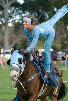 Girls Girls Girls W.A Trick Riding Team | Trick Riding...one of my favorite teams