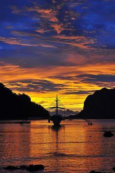 SUN SET, El Nido, Palawan Island, Philippines via Flickr.