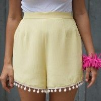 I have an addiction to converting trousers into shorts – a necessity in Hong Kong where all the trousers are too short for me.  What better way to recreate a pair of pastel yellow thrifted trousers than by turning them into shorts and adding a pom pom trimmed hem? This is a twenty minute...