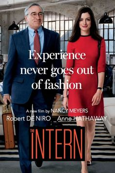 The Intern the film doesn't have that much going for it plot wise and it takes a little while before things start to get interesting but the on-screen chemistry between Anne Hathaway character and Robert De Niro's character is nice to see. See Movie, Movie List, Film Movie, Good Movies To Watch, Great Movies, Anne Hathaway, Movies And Series, Movies And Tv Shows, The Intern Movie