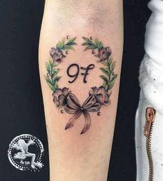 GRADUATION Grazie Jessica by Ila Ink #graduation #graduation tattoo #laurel #laurel tattoo #flower #flower tattoo #bow #bow tattoo #watercolor tattoo #number #number tattoo #97 #ilainktattoo #ilaink #ila Ink tattoo #inkenso #inkensotattoostudio #inkenso tattoo studio