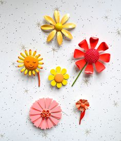 vintage enamel flower pins : a favorite collection