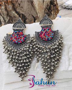 Indian Jewelry Earrings, Fancy Jewellery, Silver Jewellery Indian, Jewelry Design Earrings, Indian Wedding Jewelry, Funky Jewelry, Antique Earrings, Stylish Jewelry, Fashion Earrings