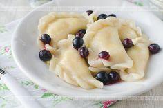 Ciasto drożdżowe na pierogi Polish Recipes, Polish Food, Fruit Salad, Oatmeal, Favorite Recipes, Cooking, Breakfast, Pierogi, Poland