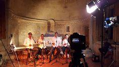 """Armario de Noticias: Tes-A-T estrena video de """"Feliz Navidad"""""""