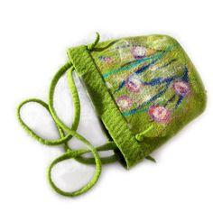 Handbag felted OAK merino wool, silk. €85.00, via Etsy.