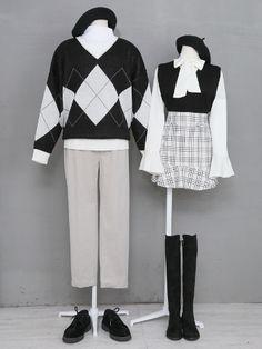 마리쉬♥패션 트렌드북! Fashion Moda, Cute Fashion, Asian Fashion, Aesthetic Fashion, Timeless Fashion, Aesthetic Clothes, Cute Couple Outfits, Pretty Outfits, Korean Fashionista