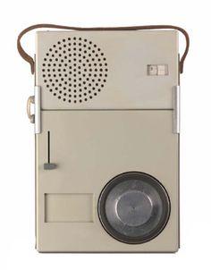 TP1ポータブルラジオ・レコードプレーヤー 1959年 ブラウン社 Photo: BRAUN GmbH
