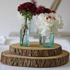 rustic wooden tree slice wedding