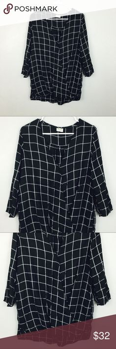 Trendy Open Cross Checkered Black & White Blouse! Size small! Tops Blouses