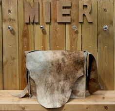Cool big messenger bag made of cow skin Lot of space by madebyMIER, €189.00