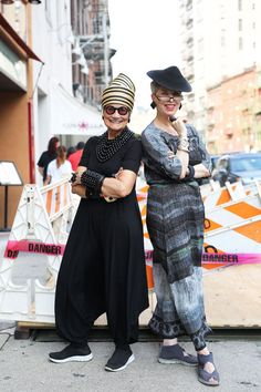 Check out more about the wonderful, Idiosyncratic Fashionistas on the blog HERE…
