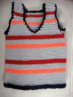 Chaleco para niño de 2 años tejido en Crochet (Medio Punto).