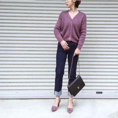 .  トップとシューズを紫で揃えたオシャレコーディネート 暖かくなってきたらトレンチコートを羽織ってクールに決めて  Photo by @yoka1124   Top... #shopniconico  Bottom... #kormarch  Bag... #chanel  Shoes... #zakkabox   MINE公式アプリではファッションを中心とした動画を毎日更新中 プロフィールリンクからDLできます   ハッシュタグ#mineby3mootdを付けたコーディネートを募集中紹介させていただくことも  #mineby3mootd #MINEBY3M #ootd #outfit #fashion #coordinate  #instafashion #beaustagrammer #fashionista #outfit #igfashion #カジュアルコーデ #コーディネート探検隊 #お洒落さんと繋がりたい