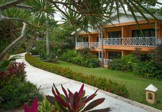 Sandals Ochi Beach Ocho Rios, Jamaica www. Jamaica All Inclusive, All Inclusive Vacations, Caribbean Vacations, Caribbean Beach Resort, Beach Resorts, Riviera Beach, Ocho Rios, Beach Villa, Lush Garden