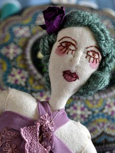 Hilvana doll~Image © Hilvana, 2013 Fabric Toys, Paperclay, Rag Dolls, Soft Sculpture, Doll Face, Embroidery Art, Doll Toys, Textile Art, Puppets