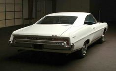 1968 Pontiac Parisienne 2+2, bought in Vancouver in summer, 1972, sold in Victoria in early 1973. Big, but comfortable, 396 cu in motor.