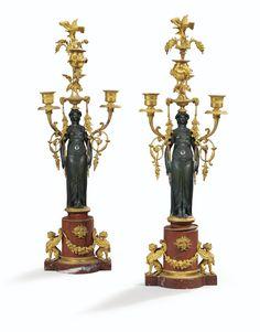 Paire de candélabres en bronze patiné et doré d'époque Restauration - Sotheby's
