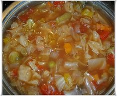Cabbage soup for losing weight - low carb - Deutch Rezepte Simple Muffin Recipe, Healthy Muffin Recipes, Healthy Muffins, Healthy Diet Plans, Vegan Chili, Detox Soup, Cabbage Soup, Nutrition Program, Lose Weight