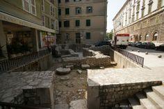 In Zadar findet man auf jedem Schritt hitorische Funde, wie hier im Stadtteil Varos!