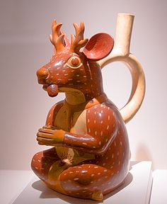 SO awesome, Peruvian Pottery (almost 2000 years old). Where are these college art history classes?
