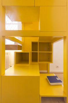 stufen und netze zum klettern bieten spielmöglichkeiten an ... - Indoor Spielplatz Zuhause Design