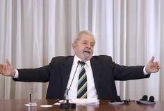 """Caso impeachment seja barrado, Lula avalia uma nova versão da """"Carta ao Povo Brasileiro"""" - InfoMoney  Veja mais em: http://www.infomoney.com.br/mercados/politica/noticia/4826543/caso-impeachment-seja-barrado-lula-avalia-uma-nova-versao-carta"""