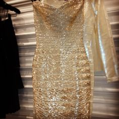 Herve Leger Pretty Outfits, Beautiful Outfits, Herve Leger Dress, Bandage Dresses, High Hopes, Glitz And Glam, Girls Night Out, Hangers, Party Wear
