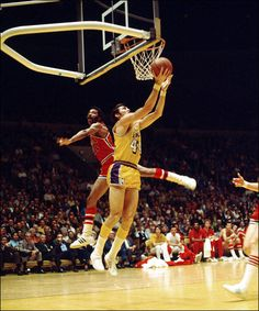 Jerry West Los Angeles Lakers Autographed 16 x 20 Reverse Lay Up Photograph Basketball History, Pro Basketball, Basketball Players, Nba Los Angeles, West Los Angeles, Elgin Baylor, Lakers Team, Sports Figures, Sports Stars