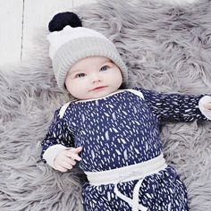 Anarkid Pom Pom Beanie White & Ink Navy