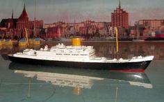 """Wiking Schiff Modell Passagierschiff """"Scharnhorst"""" Maßstab 1:1250"""