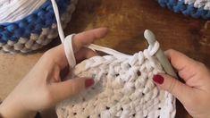 """Kurz háčkování - košík háčkovaný ze """"špaget"""" z tričkoviny 1. díl, Crochet basket"""