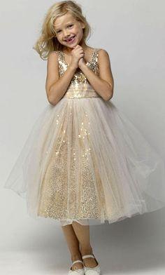 d498a9d883 flower girl dress for a Christmas wedding Tulle Flower Girl