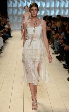 Look 46.  Discover the looks from the Spring Summer 2015 Fashion Show. www.ninaricci.com #ninaricci #ss15 #pfw