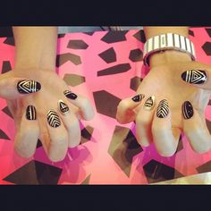 black and gold triangle nail art  crownthequeens.com