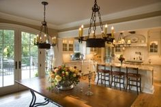 Traditional Kitchen - traditional - dining room - other metros - by Paul Moon Design New Kitchen, Kitchen Dining, Kitchen Decor, Dining Area, Kitchen Layout, Room Kitchen, Awesome Kitchen, Kitchen Ideas, Family Kitchen