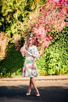 ThassiaNaves. Beautiful flower print dress