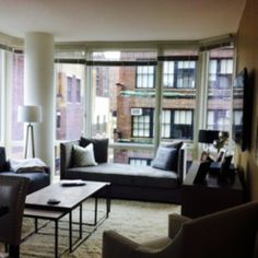 Beautiful and modern 2 Bedroom/2 Bath luxury apartment in the middle of Manhattan.  We're in the Fashion District and located at West 38th and 9th Avenue.  You're only a few steps away from Time Square, Macy's Herald Square, Hell's Kitchen,...