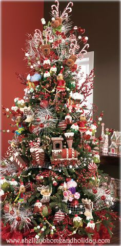 Candy and Peppermint Themed Christmas Tree