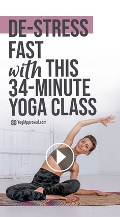 This 34-Minute Yoga Class Will Help You De-Stress FAST | YogiApproved Wellness Fitness, Yoga Fitness, Fitness Workouts, Sledgehammer Workout, Stress Yoga, Online Yoga Classes, Yoga Photos, Sport Fitness, Vinyasa Yoga