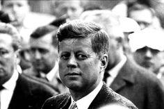 JFK. Incredible Famous People Photographs by Harry Benson – Fubiz Media
