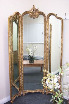 Outstanding-French-Antique-Style-Gilt-Frame-Free-Standing-Dresser-Mirror Attatch 3 standing mirrors with hinges Shabby Chic Zimmer, Trumeau, Dream Furniture, Gold Furniture, Furniture Design, French Mirror, Dresser With Mirror, French Decor, New Room