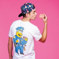 ★ HYPE x The Simpsons ★  HYPE Clothing has recently collaborated with the most crazy family of America: The Simpsons! T-shirts, hoodies, joggings, bobs (…), the collection was declined with super flashy colors, in the spirit of the sitcom…  ☞ http://gtee.co/1DQSZqT ☜   Featured on #Grafitee - #fashion #trends #HYPE #Simpsons #shopindie