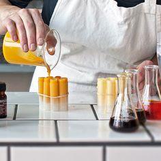 Jojoba Oil for Natural Skin Care Beauty Care, Diy Beauty, Rosehip Oil For Skin, Coconut Oil For Skin, Diy Spa, Lemon Essential Oils, Body Love, Lotion Bars, Alternative Health