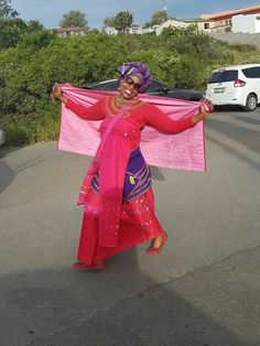 Xhosa Attire, African Attire, African Fashion Dresses, Fashion Outfits, African Traditional Dresses, Traditional Outfits, African Beauty, African Women, Shweshwe Dresses