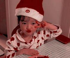 Imagem de girl, kid, and ulzzang girl Cute Little Baby Girl, Cute Baby Girl Pictures, Little Babies, Cute Babies, Cute Baby Meme, Cute Memes, Baby Icon, Anime Crying, Ulzzang Kids