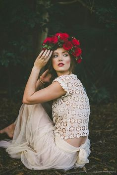 Hey Pretty Wedding boho two piece wedding dress with floral crown Boho Bride, Boho Wedding, Two Piece Wedding Dress, Wedding Dresses, Hippie Chic, Boho Chic, Boho Style, Glamour, Floral Crown