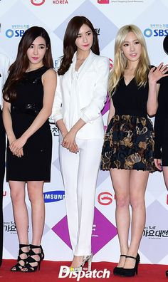 Girls' Generation at the red carpet event of the 2015 SBS' Gayo Daejun ~ Wonderful Generation ~ All About SNSD, Wonder Girls, and f(x)