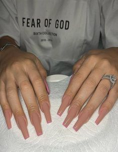In seek out some nail designs and some ideas for your nails? Listed here is our listing of must-try coffin acrylic nails for trendy women. Long Square Acrylic Nails, Summer Acrylic Nails, Best Acrylic Nails, Coffin Nails Long, Long Square Nails, Long Nail Designs Square, Pastel Nails, Clear Acrylic, Perfect Nails